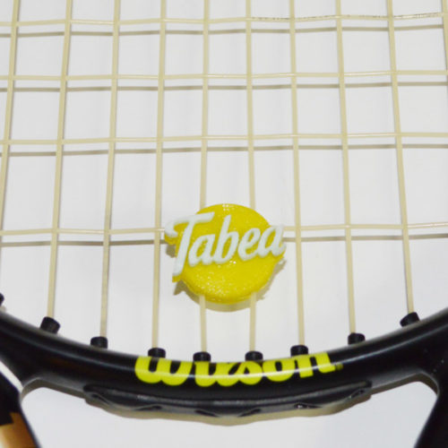 Schriftzug auf 3D Druck Tennis Dämpfer